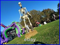 12ft GIANT SKELETON HOME ACCENTS