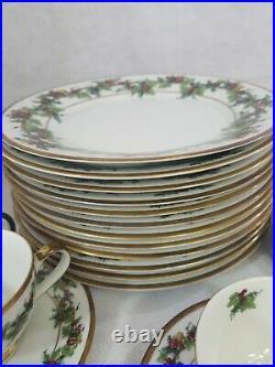 38 Piece China Set Holly And The Joy Christmas Holiday Mistletoe Pattern Gold Rm