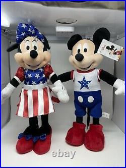 Disney Mickey & Minnie Mouse USA Patriotic Greeters
