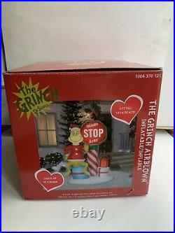 Gemmy 6ft Grinch with Santa Stop Here Sign Christmas Inflatable Blow Up Grinch