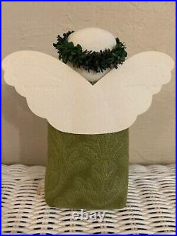 Hearts & Ivy Green Angel with Bouquet and Friends are Life's Treasures Oval NEW