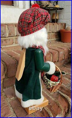 Holzkunst Christian Ulbricht Santa Nutcracker Mac Nic Scottish Plaid RARE 17