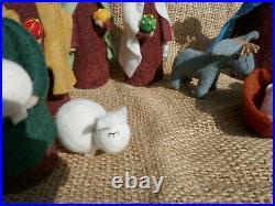 Krippe aus Filz, Weihnachtskrippe Set 13-teilig, Krippenfiguren Handarbeit, NEU