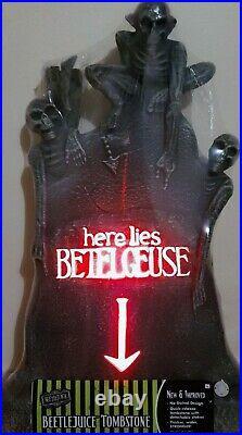 NEW Spirit Halloween Beetlejuice Light Up Tombstone Graveyard Halloween Rare
