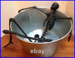 Pottery Barn Walking Dead Extra Large Skeleton Bath Tub Party Beverage Bucket